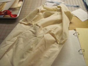 The muslin for the 1930s jacket: pull out the pins and pitch it. It has done its duty.