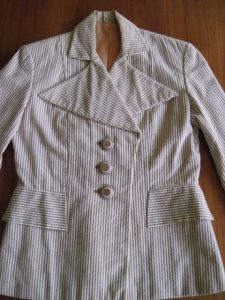 A 1936 pattern. The perfect buttons--possibly from the 1960s.
