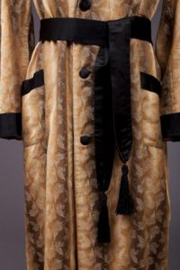 Smoking jacket, 1925-1929, detail. (Photo, Goldstein Museum of Design)