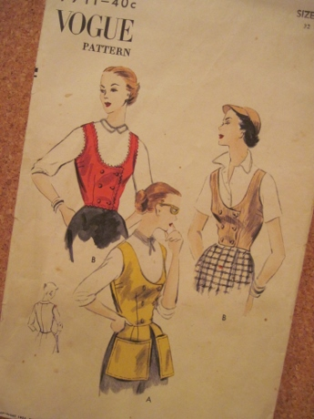 This 1952 pattern has a contemporary feel.