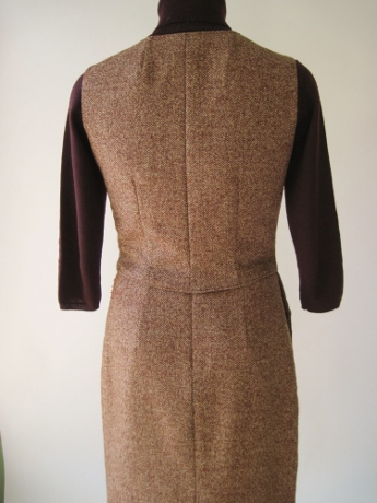 Back view: the darts of the waistcoat and skirt line up perfectly!