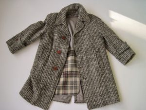 The Chunky Tweed Vintage Jacket dates from the 1950s. It has a zip-out wool lining.