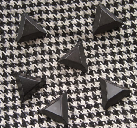 Building a solid tailoring knowledge would help me make jackets with these nifty buttons.