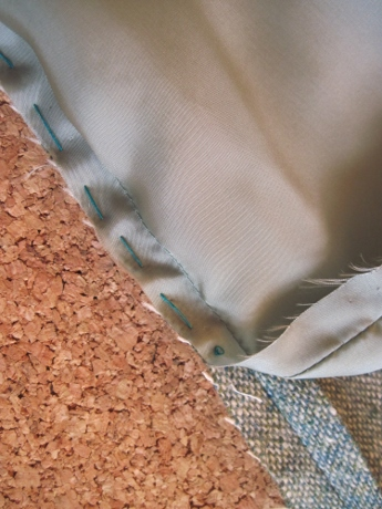A running stitch secures the lining to the sleeve, so there's no problem with twisting.