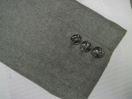 Surgeon's cuff, with working buttonholes.